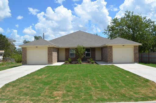 John Reider Properties Provides Homes For Rent In Harker Heights Tx The Firm Offers A Wide Range Of Well Mai Renting A House Commercial Property House Rental