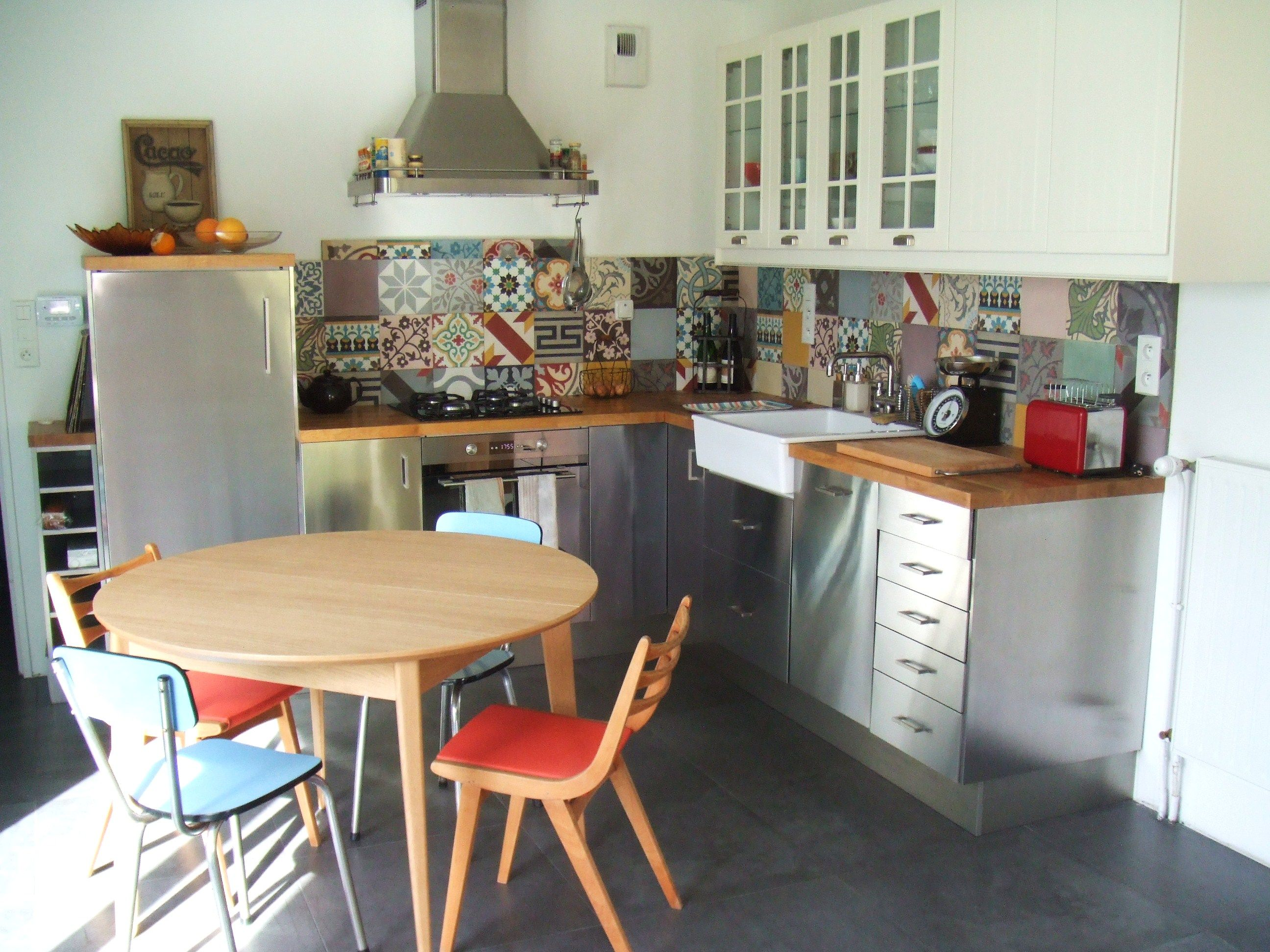 Crédence de cuisine en patchwork carreaux ciment, splendide ...