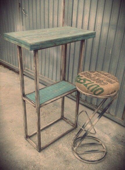 Mesa alta bar taburete metalico saco de cafe estilo for Muebles para cafeteria