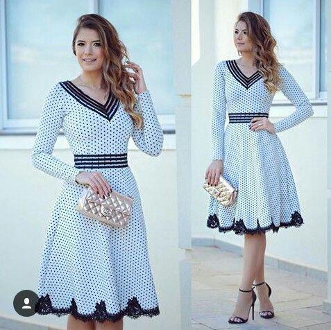 e6d7008401ad Vestido Branco com bolinhas pretas / Barrado de renda preta | roupas ...