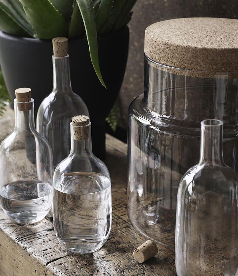 sinnerlig la nouvelle collection ikea sign e ilse crawford bouteilles bocaux verres. Black Bedroom Furniture Sets. Home Design Ideas