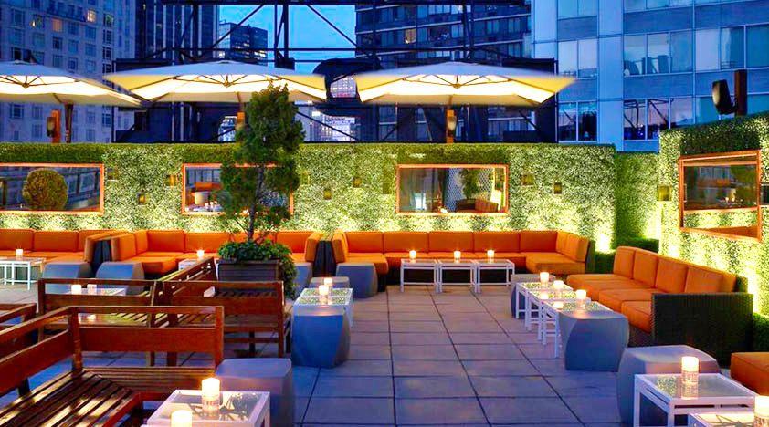 Boxwood rooftop walls Bar no terraço, Telhados, Design