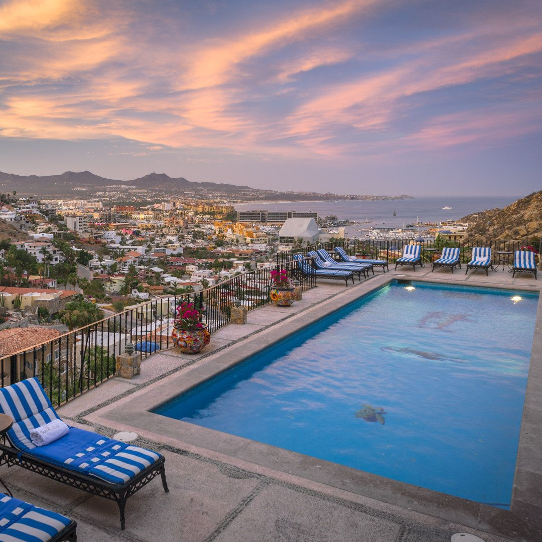 A Beautiful Sunset On The Horizon A Pool Inviting You With Its Crystal Clear Water An Entire City Bursting With Energy As Its N Vacation Cabo San Lucas Cabo