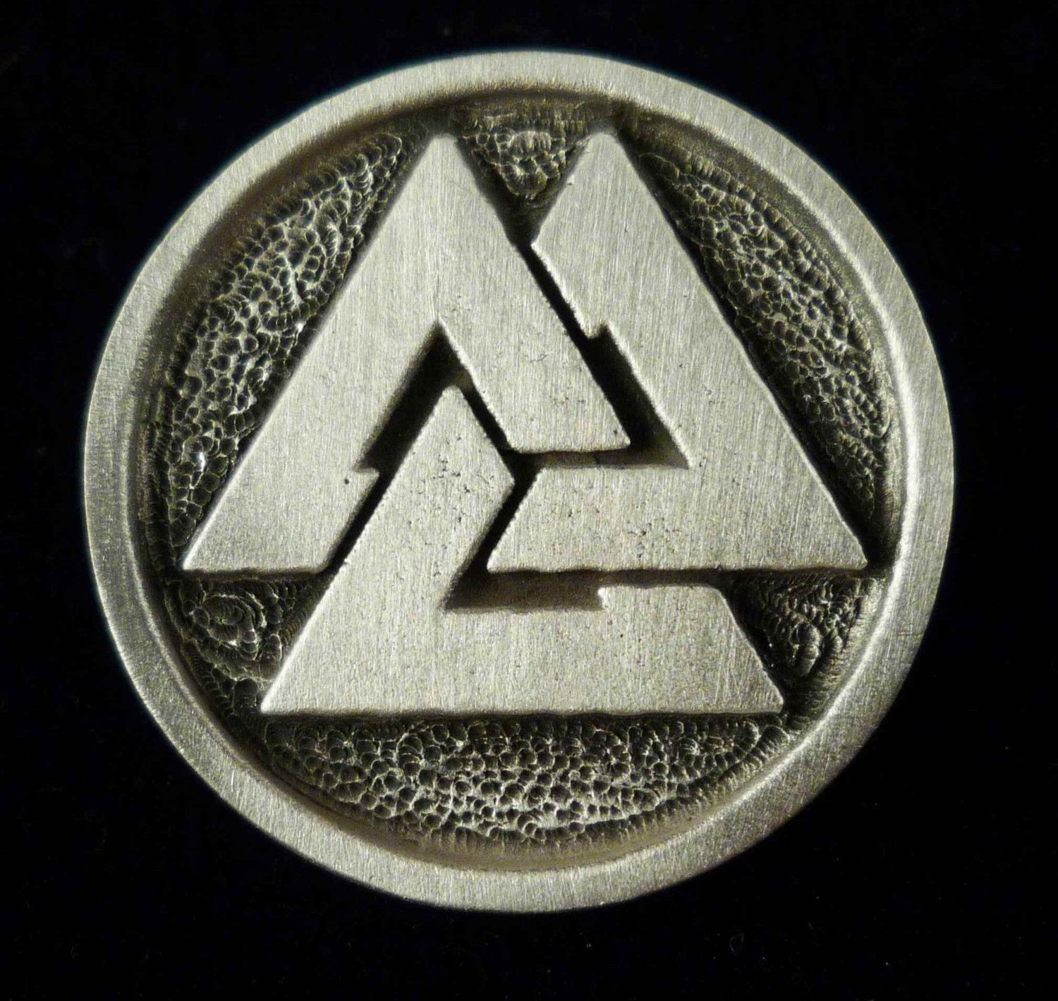 Valknut A Norse Symbol Of The Vikings An Ancient Norse Symbol