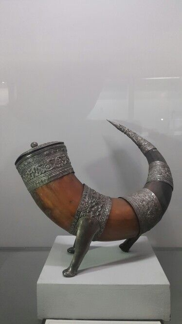 Tempat Obat / Medicine Container Horn and ornate with silver   Indonesia's National Museum