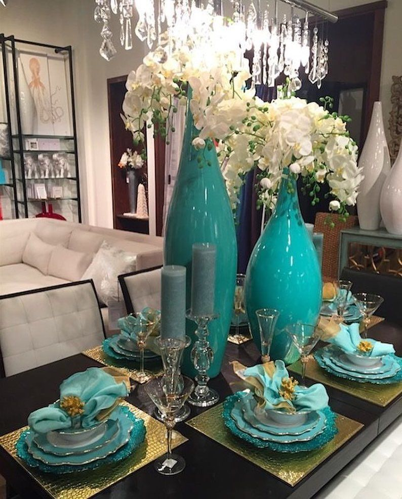This Tablescape Right Here Is Amazing I Love The Teal Ivory And Gold Mix Dont Play With A Lady Who All Sh In 2020 Dining Room Table Decor Dinning Table Decor Decor
