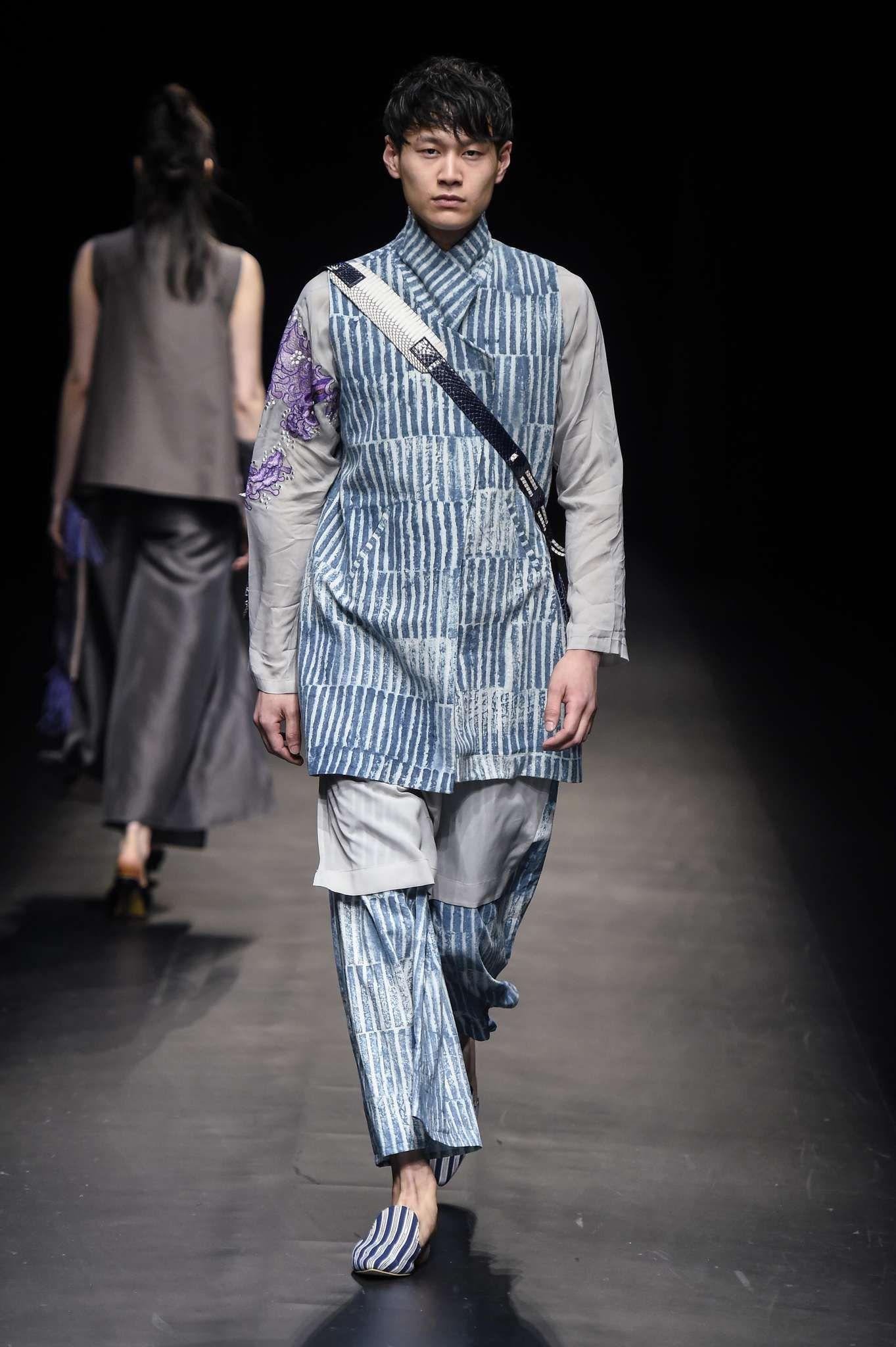 Indonesia Fashion Week Indonesia fashion, Indonesia