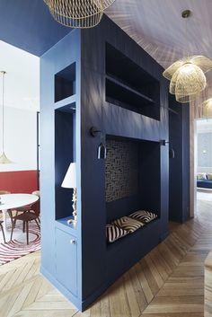 Entree Appartement Parisien De 150m2 Gcg Architectes Meuble Entree Meuble De Separation Amenagement Entree