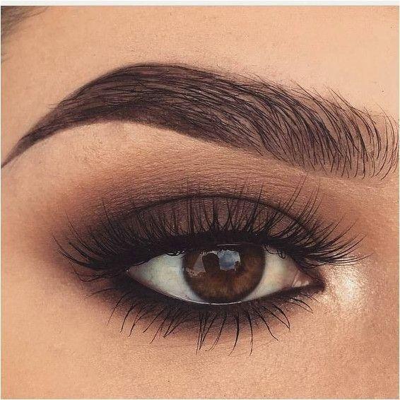 Photo of 20 Hottest Smokey Eye Makeup Ideas – Fashiotopia
