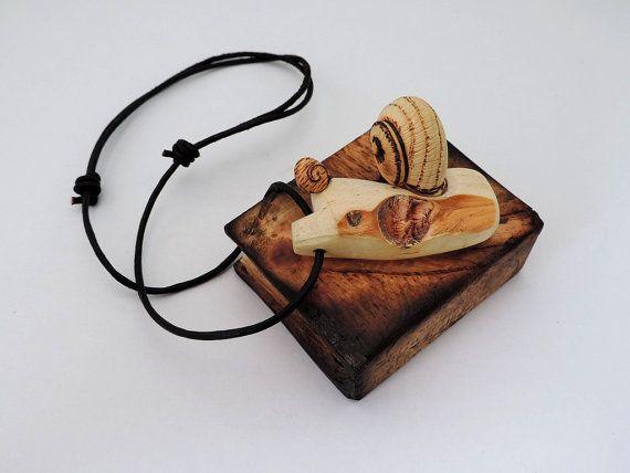 Pino-collar colgante con arte y naturaleza