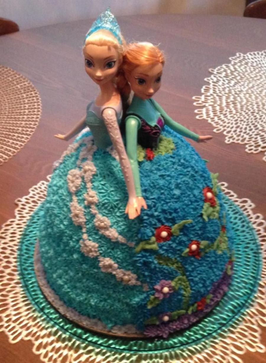 Ana Amp Elsa Doll Cake For A Frozen Birthday Party Ana Elsa Doll