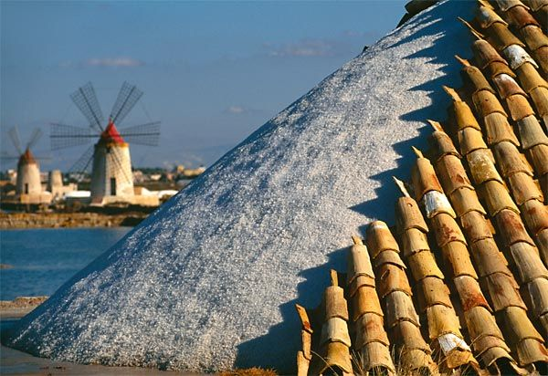Saline di Marsala (TP), Sicily Italy - Here the sea salt is extracted from the Mediterranean sea and worked into cooking sea salt.