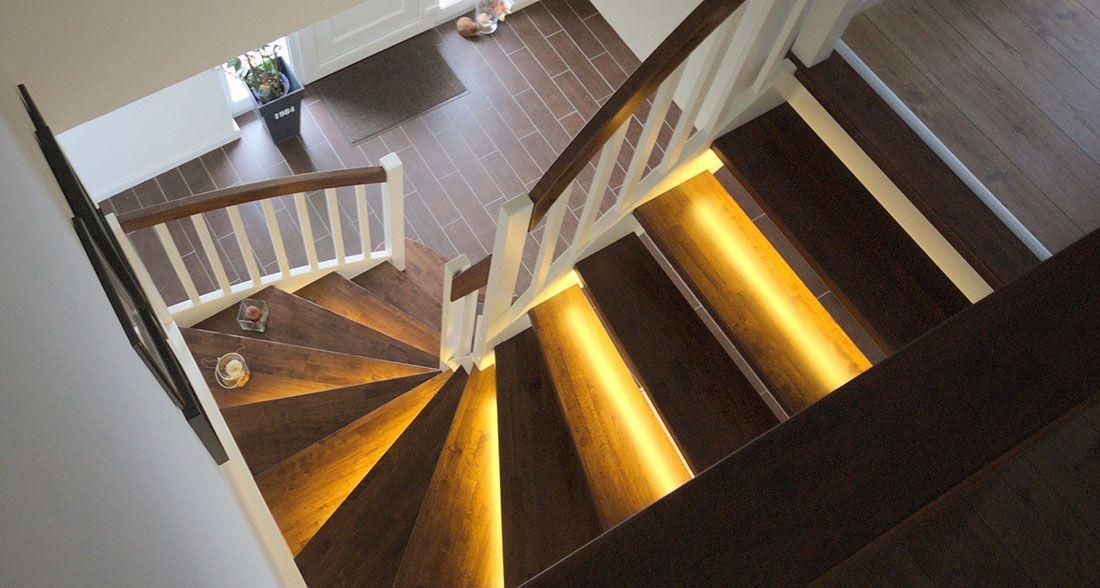 pin von auf die welt der holztreppen pinterest holztreppe treppe und holz. Black Bedroom Furniture Sets. Home Design Ideas