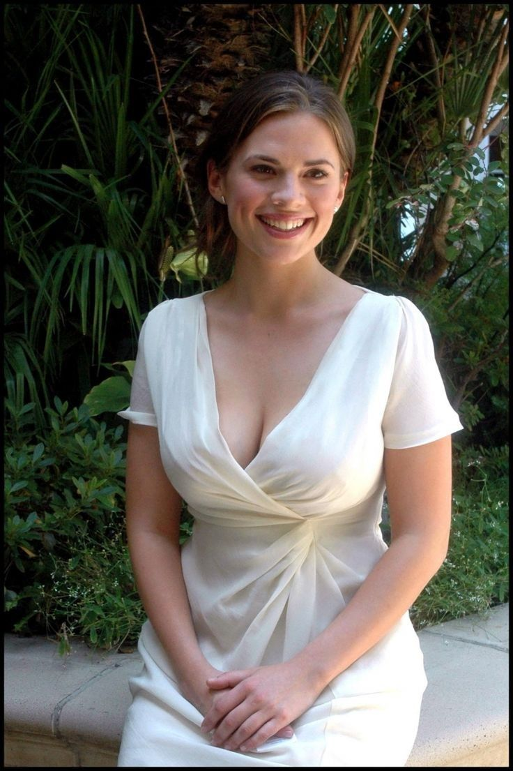 Hayley atwell pussy pics