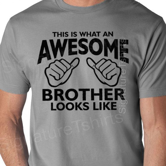 Mens Funny T-Shirt This Is What An Awesome Carpenter Looks Like