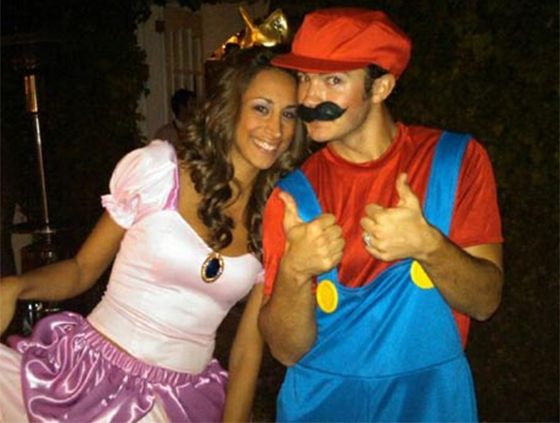 10 of the Best Celebrity Couple Halloween Costumes of All Time - celebrity couples halloween costume ideas