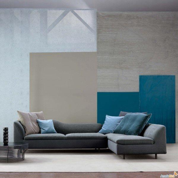 Abbinamento blu petrolio e grigio idee per la casa nel 2019 pinterest aqua decor hall - Divano verde petrolio ...