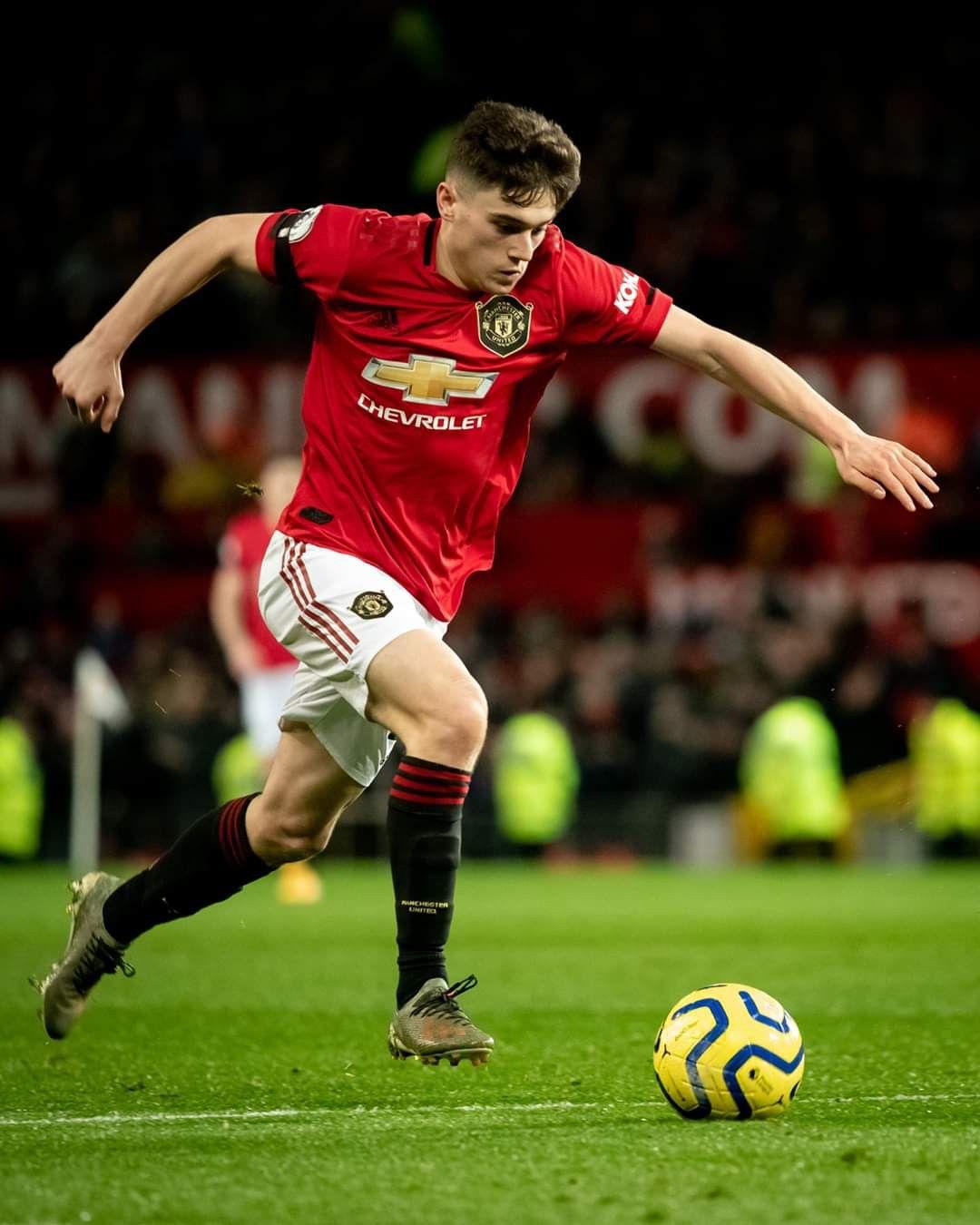 Pin By Zoro Ziggernib On Manchester United Season 2019 20 In 2020 Football Man Utd Manchester United Manchester United Football Club