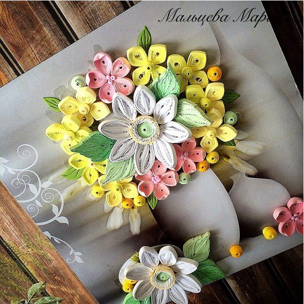 Vase of Quilled Flowers - by: Maria Maltseva
