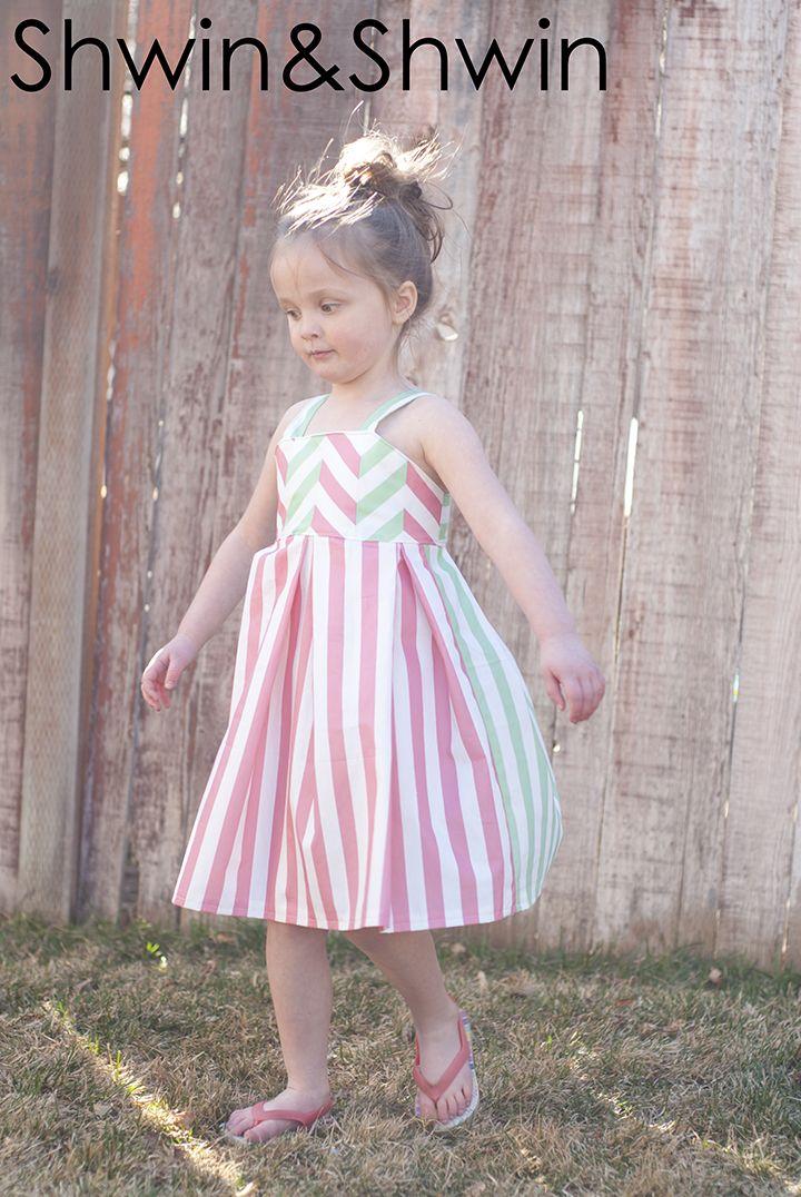 Shwin&Shwin: (straight) Lines&Angles Dress (free pattern)