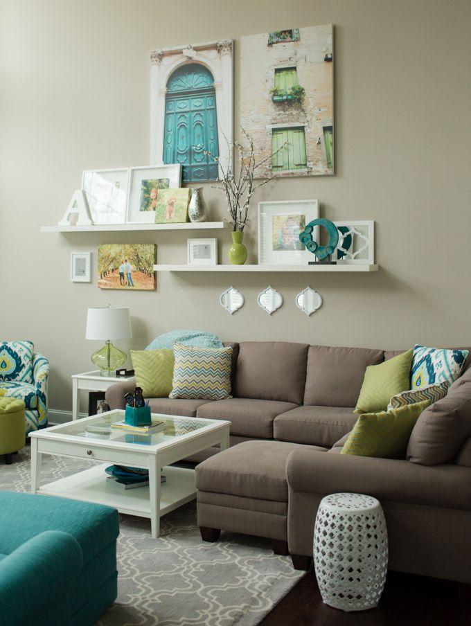 мечтала оформление стены над диваном в гостиной фото была разработана