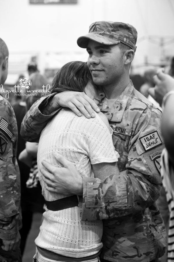 Try Not To Cry Watching These 5 Most Viewed Soldier Homecoming Videos