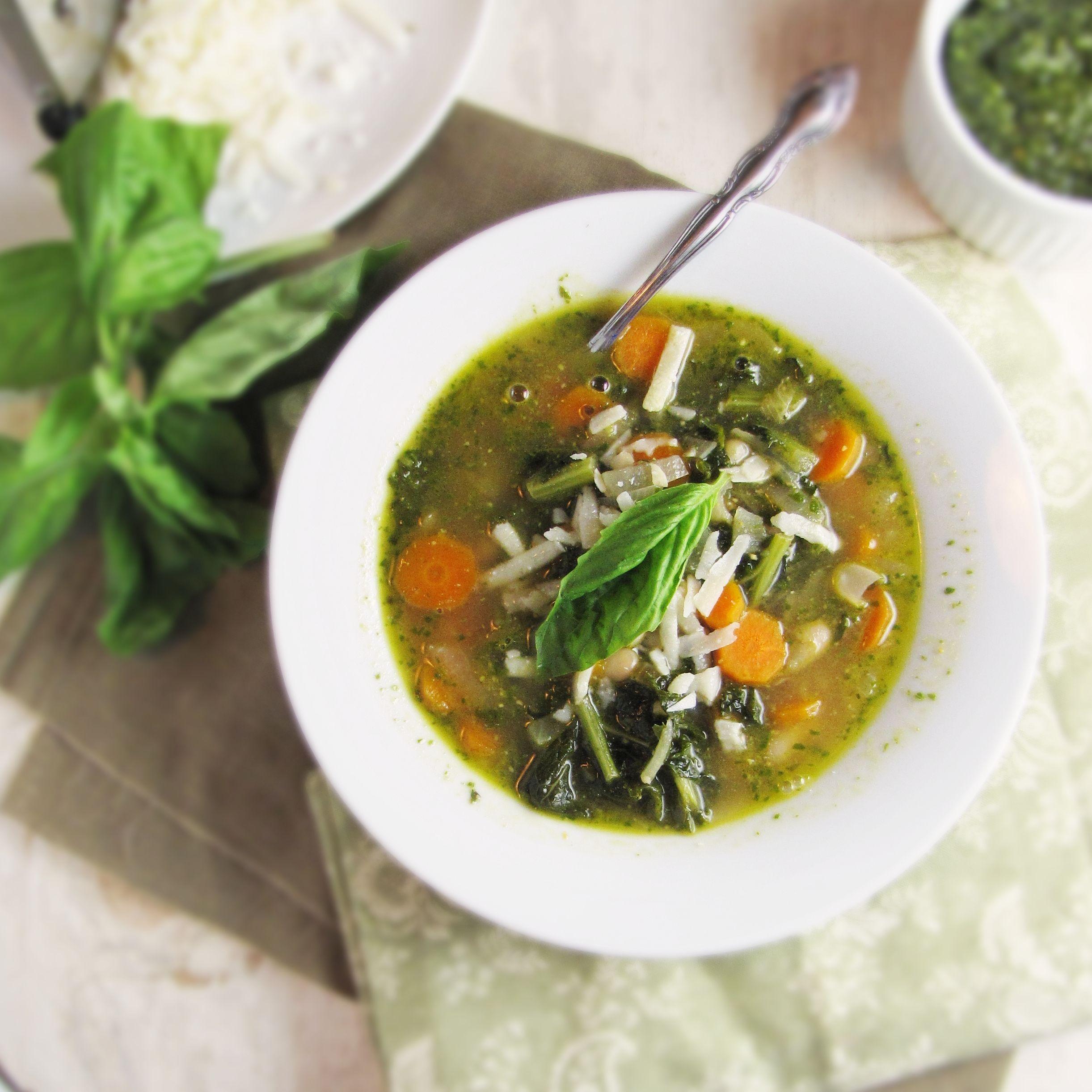 White Bean, Kale, and Pesto Soup | White beans, Kale and Pesto