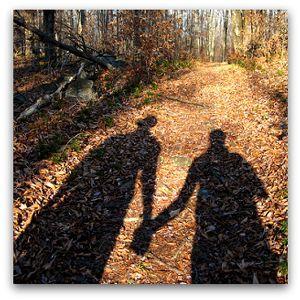 old-couple-shadow.jpg (300×300)