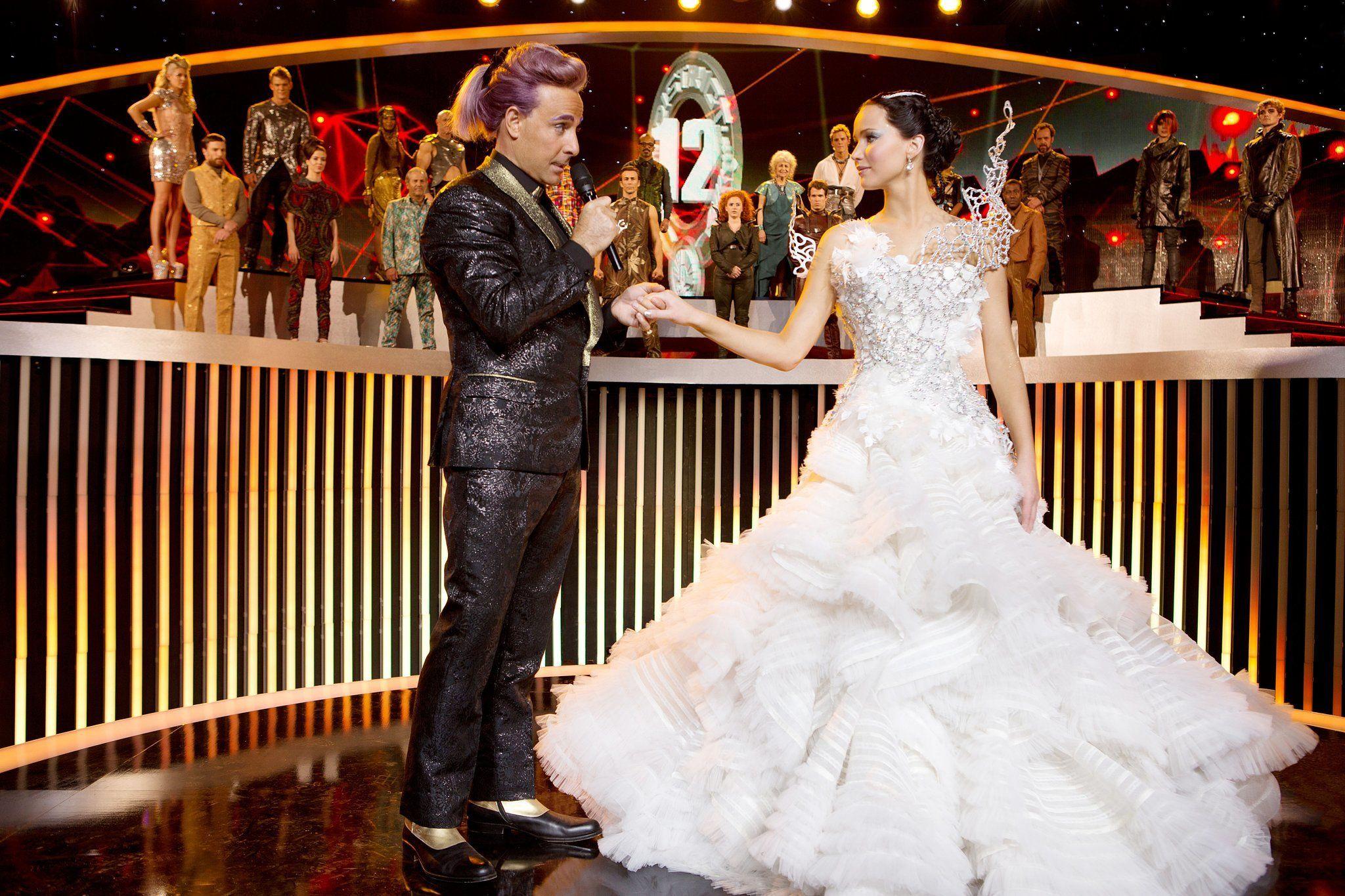 POPSUGAR UK  Katniss everdeen, Kleid hochzeit, Film hochzeit