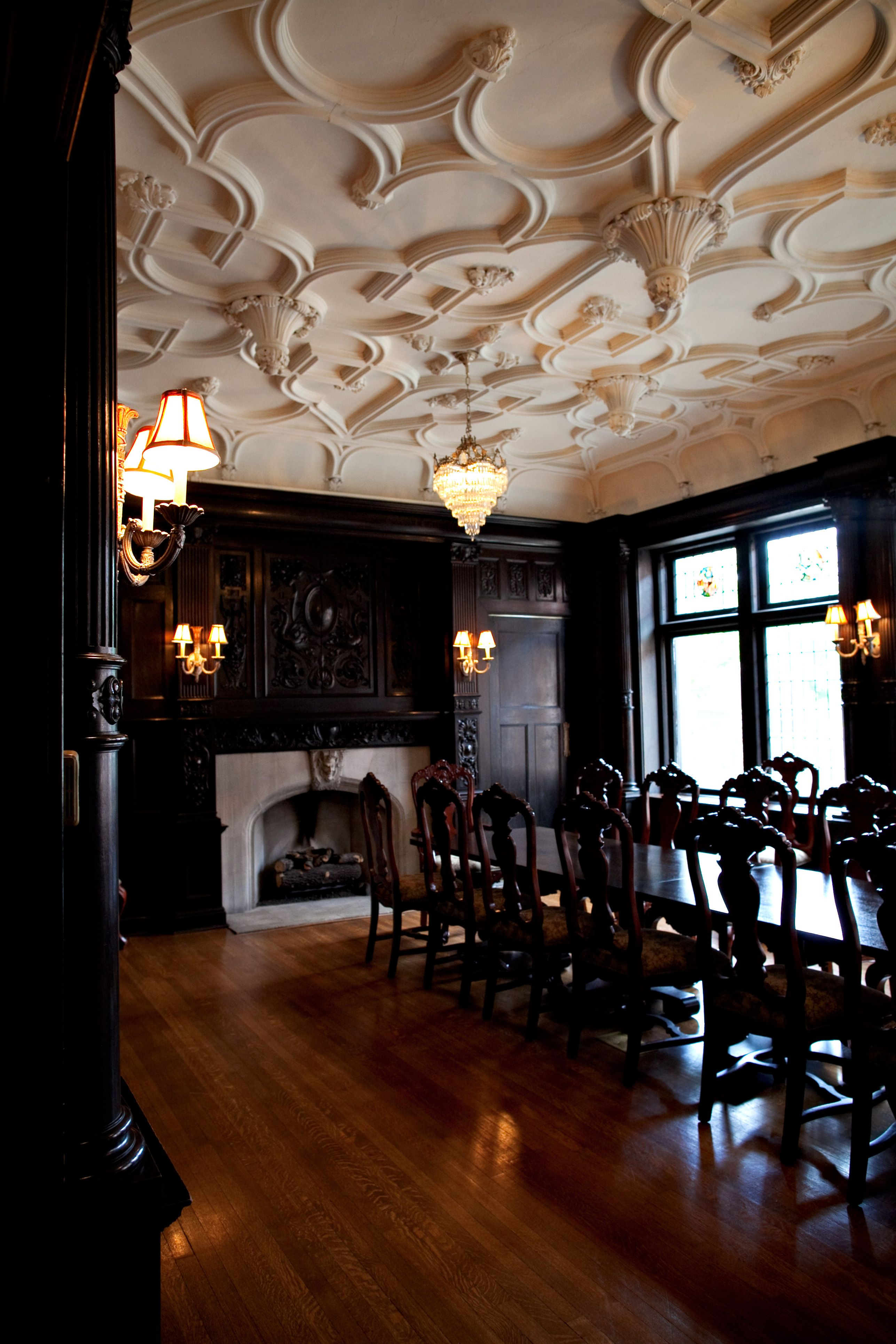 mccook mansion dining room #pittsburgh #travel #mansionsonfifth