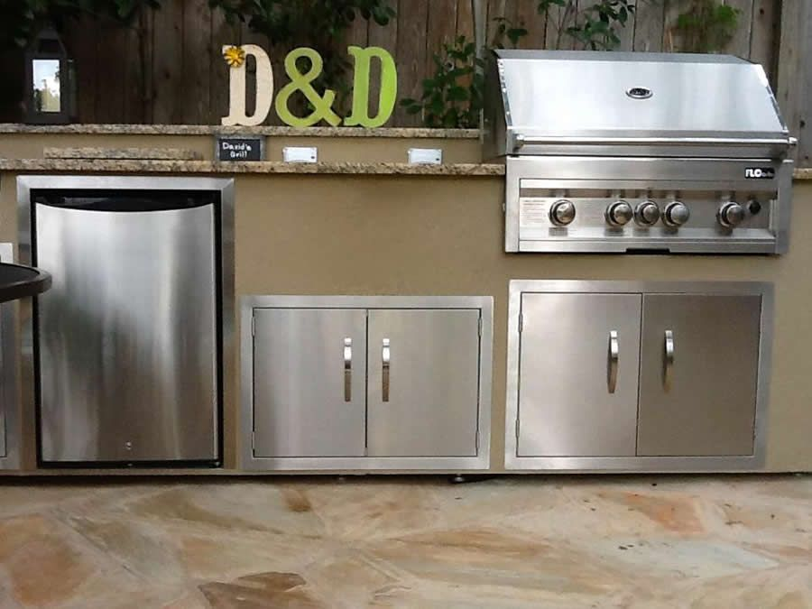 Flo Grills Outdoor Kitchen In Stucco Finish Outdoor Grill Outdoor Kitchen Pool Patio