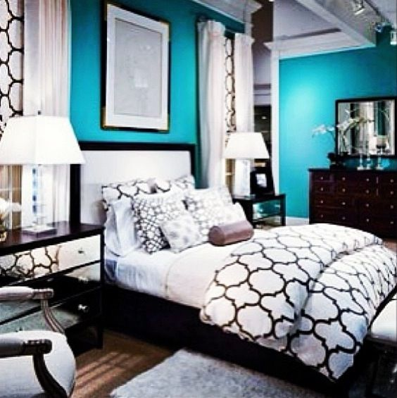 This Teal Bedroom Is Beautiful Maybe Not The Walls But As An Accent Home Pinterest