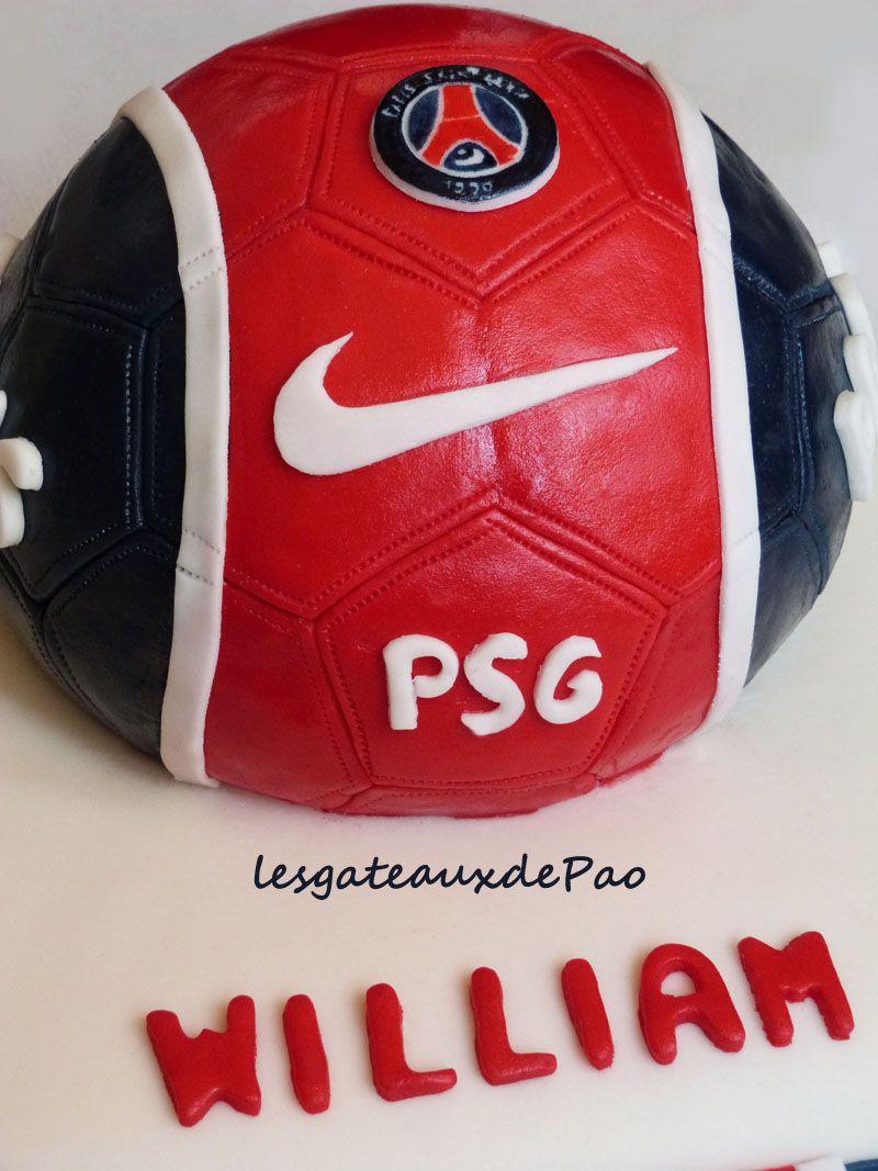 Psg Ballon Aux Couleurs Bleu Blanc Et Rouge Psg Gateau Ballon De Foot Anniversaire Theme Foot