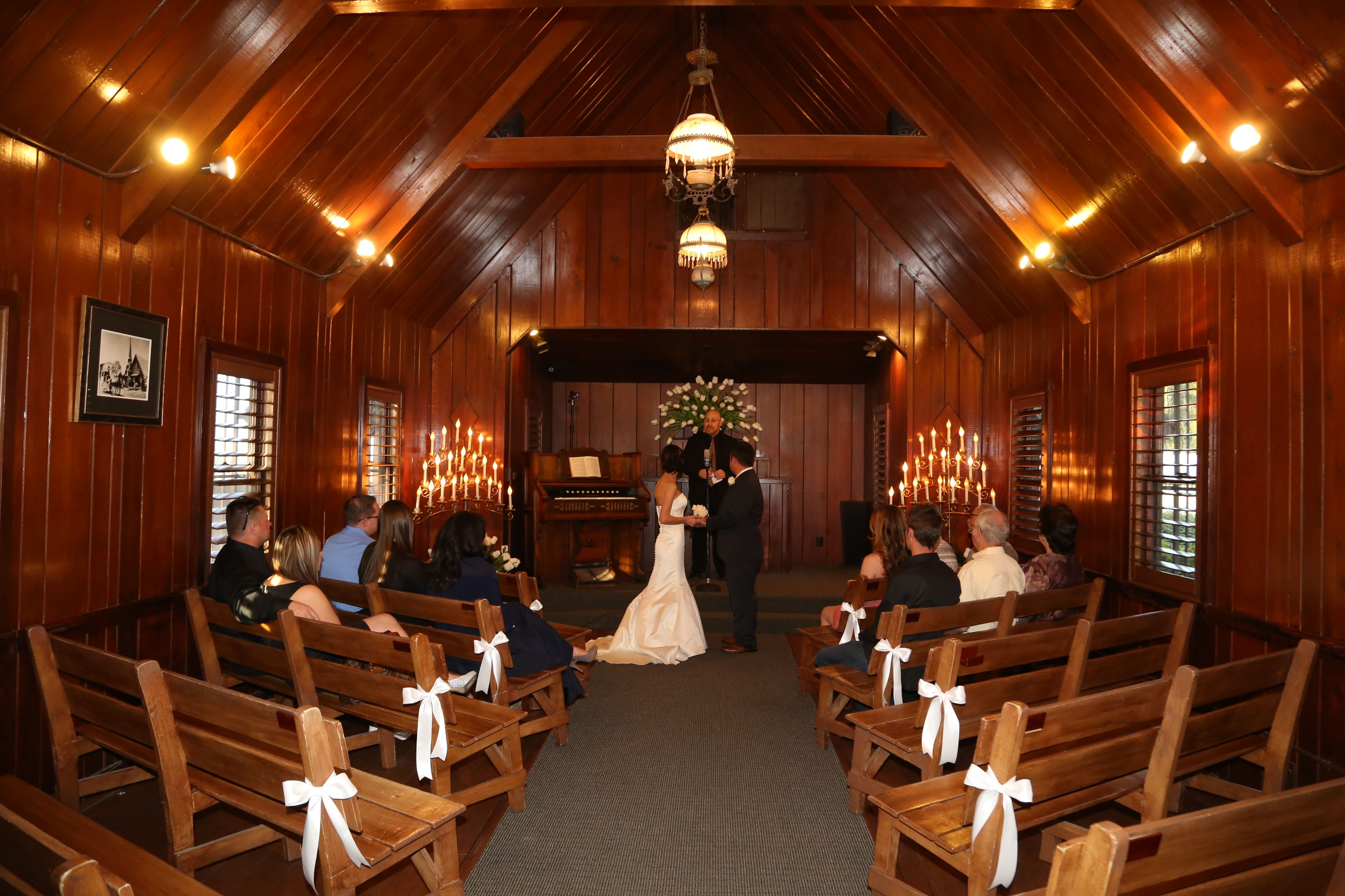 Little church of the west happily ever after pinterest for Little las vegas