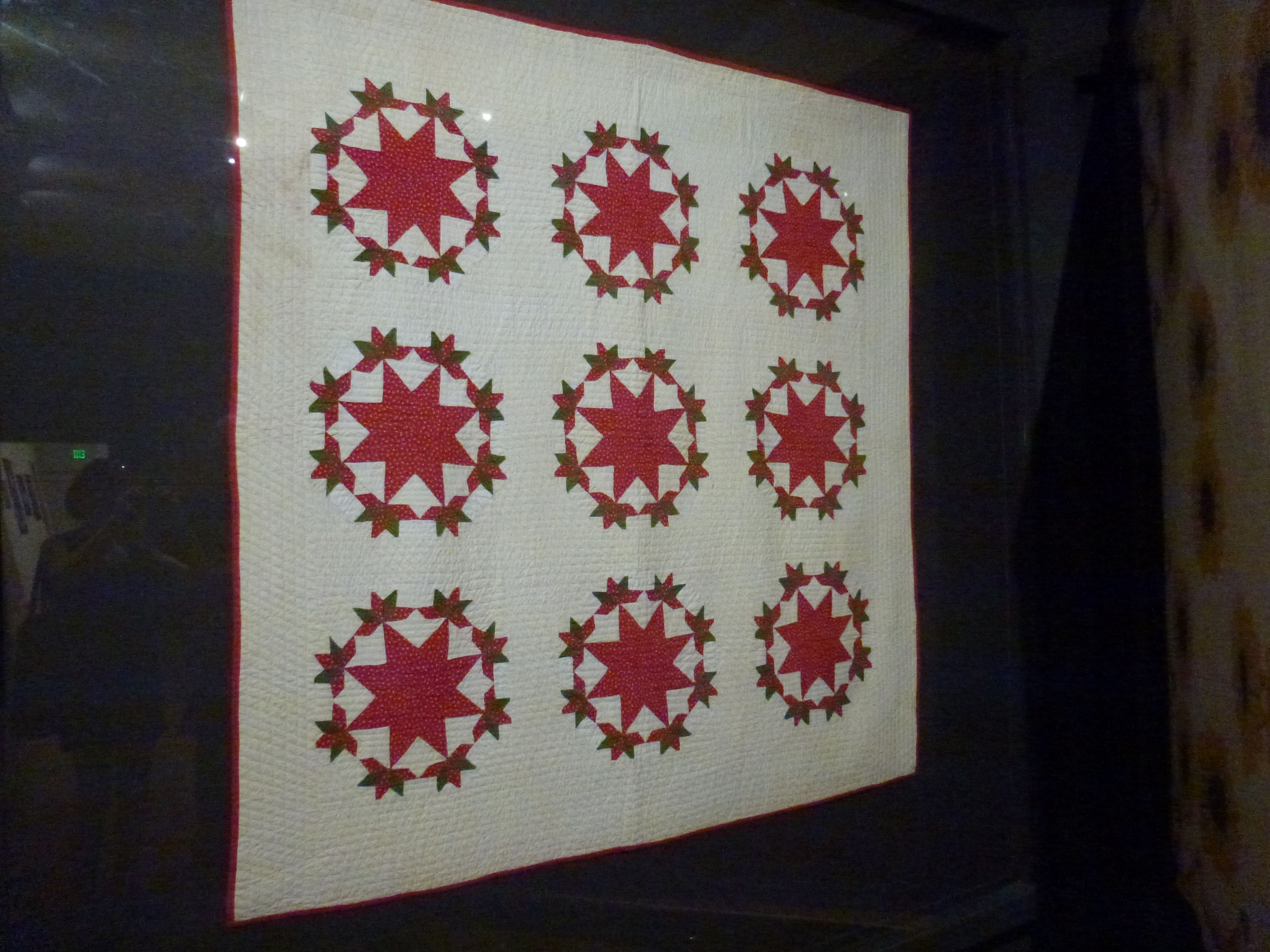 Quilt at the Shelburne Museum, Vermont | The Soup Lovers Mystery ... : quilting mysteries series - Adamdwight.com