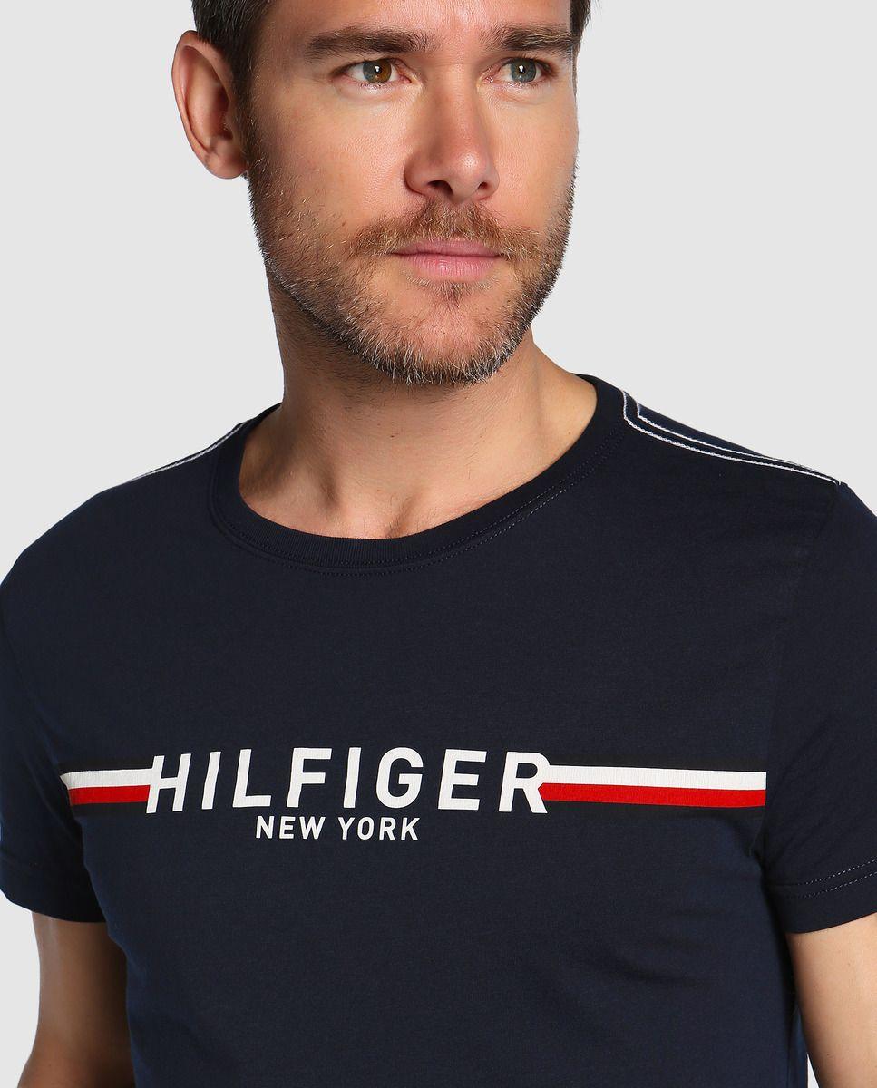 9e1e1fb3737 Camiseta de hombre Tommy Hilfiger azul de manga corta · Tommy Hilfiger ·  Moda · El Corte Inglés