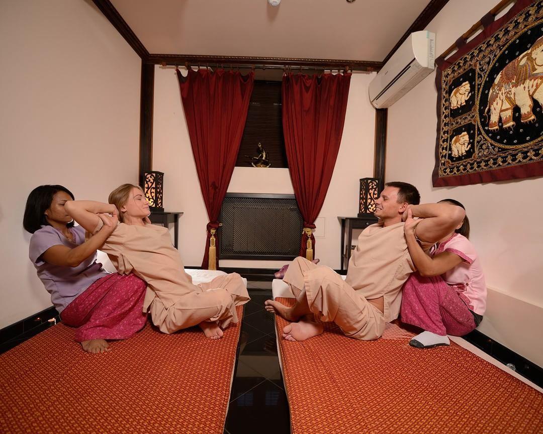Тайский массаж в москве, смотреть групповуха с самыми большими членами