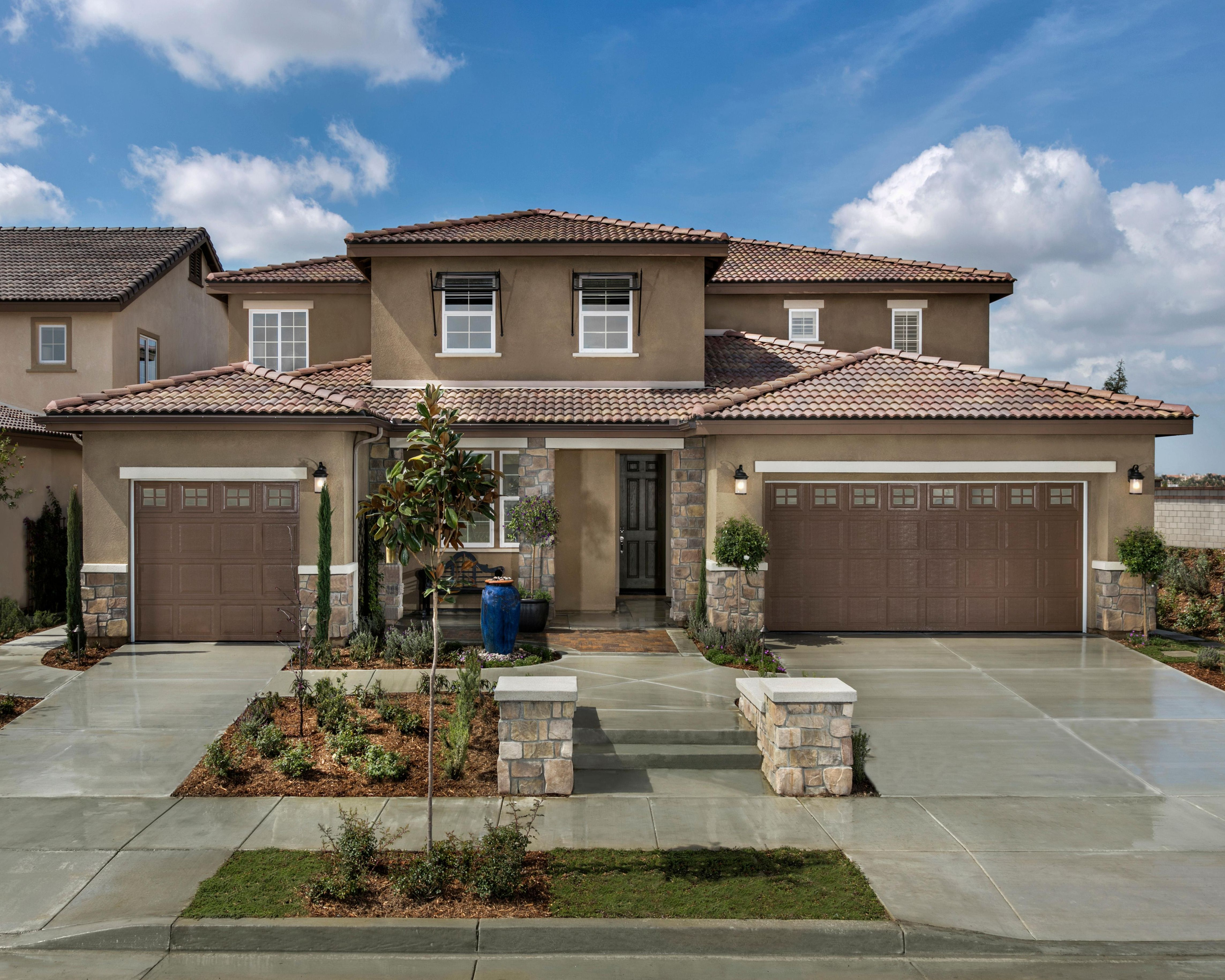 Two Garage Home In Jurupa Valley Ca Find Your Peace Of Mind At Tranquility Our New Community At Riverbend In Jurupa Va Lennar New Homes New Home Communities