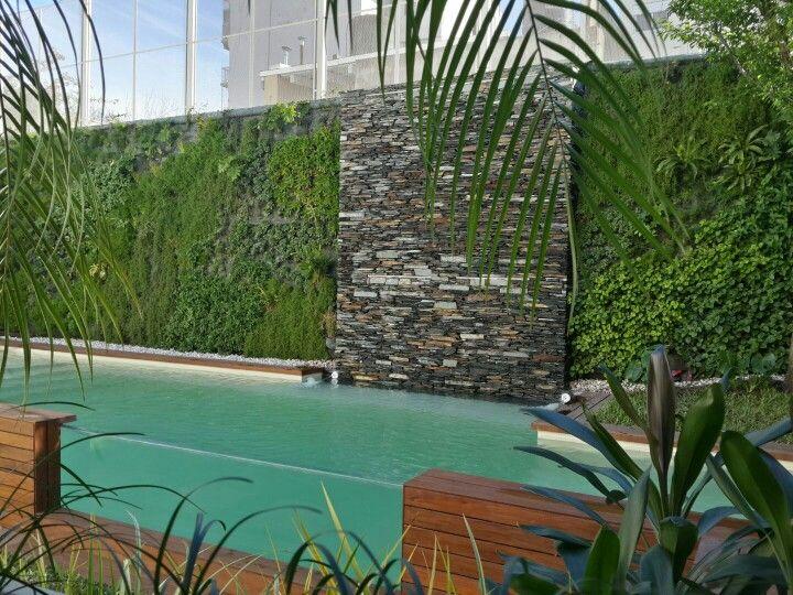Piscina con pared de acrilico - Argentina - wwwpiscinassantaclara - cascada de pared