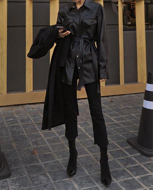Всегда актуальный total black: Изящные образы на каждый день | Новости моды