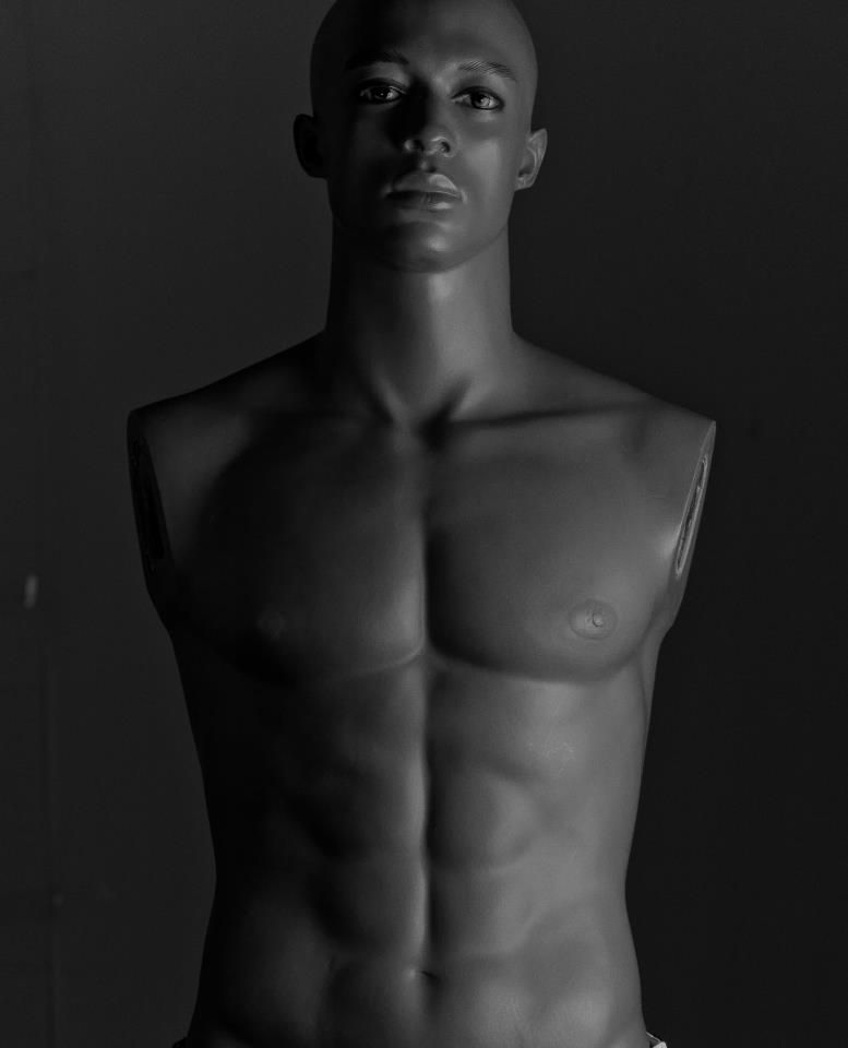 was playing around with the new lighting and wondered if I could get a 'look' from a mannequin ...