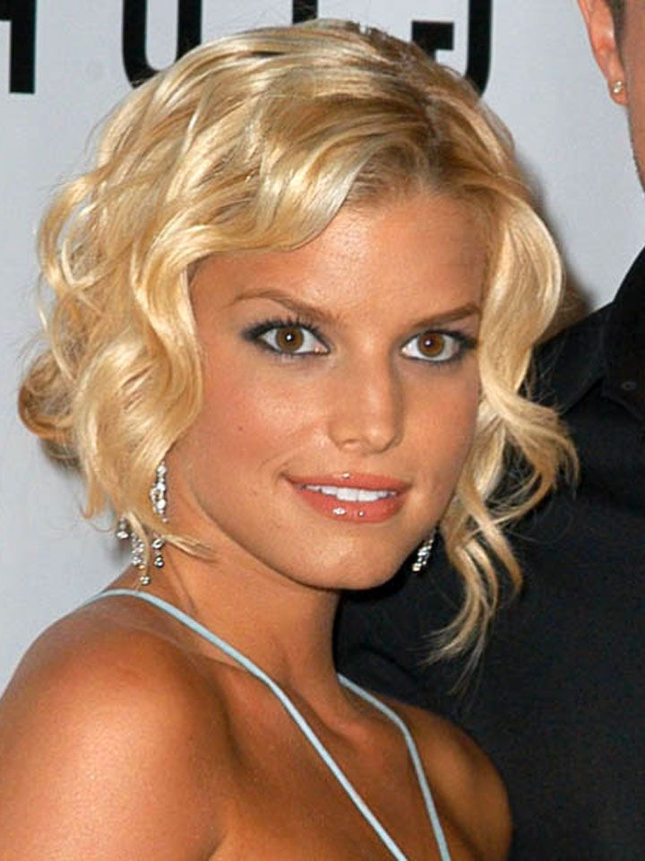 2014 Short Haircuts Curls Jessica Simpson Short Curly Hairstyles