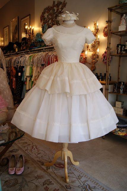 vintage wedding dresses portland