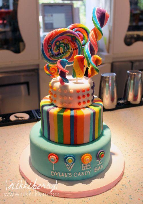 Nada como una torta decorada con chupetes gigantes, divina. #RespoteriaConChupetes