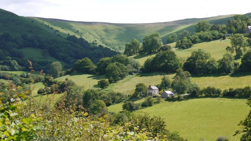 Black Mountains Romantic Barn For Two Loving Hillside Cottage Holiday Cottages Wales Brecon Beacons Romantic Cottage