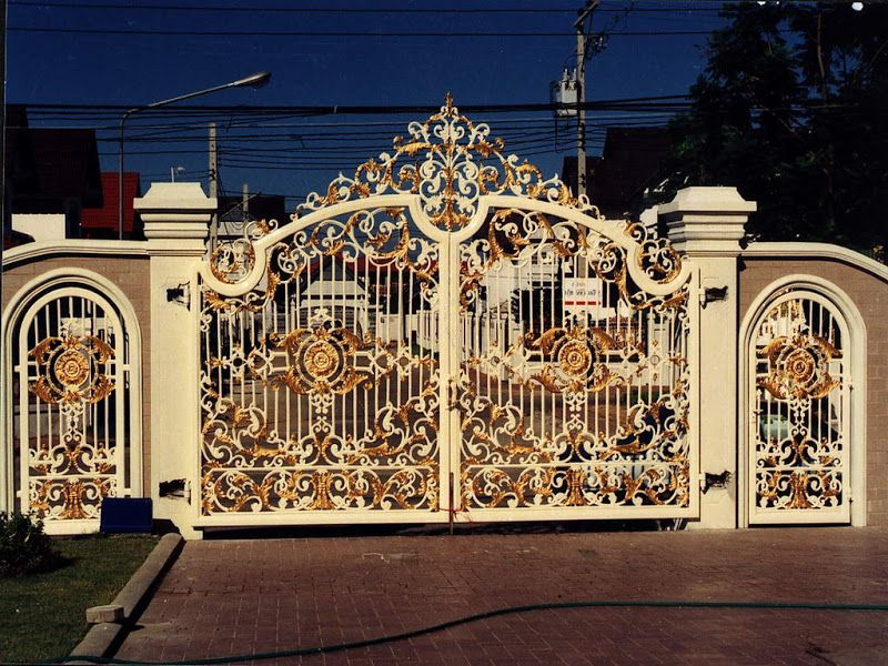 Beautiful housegate photo iron gates design gallery 10 for Modern house gate designs