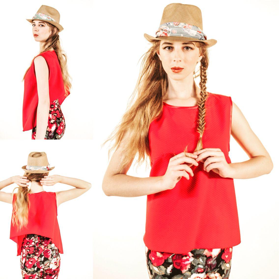 Sombrero decorado con telas japonesas y top en rojo con escote a la espalda en forma de U invertida, diseñados por evaforeva #telasjaponesas #tops #evaforeva #sombreros #moda #verano2015 #nuevoscreativos #diseñoindependiente
