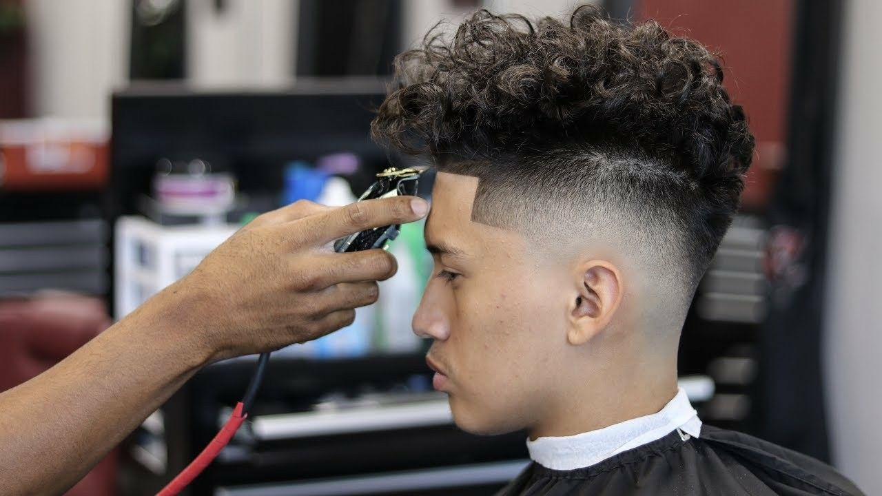 Pin By Krystal On Cool Mens Hairstyle Curly Hair Styles Curly Hair Men Blowout Hair