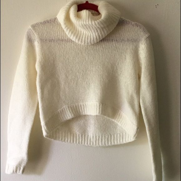 H&M Cream Cropped Sweater Cute cropped turtleneck sweater from H&M ...