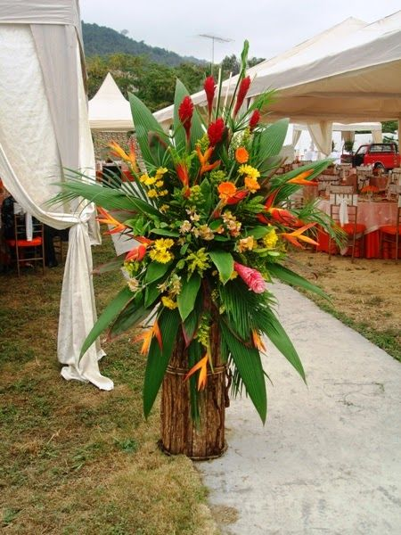 Arreglos Florales Con Pedestal Parte 2 Arte Floral